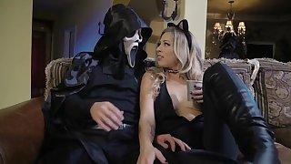 Strong Halloween shag on the floor for slutty Zoey Monroe