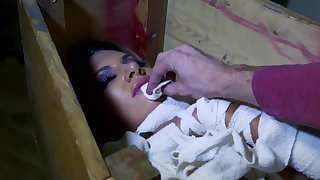 Living dead Elicia Solis extreme hardcore sex with potent man
