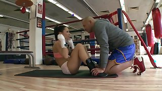Full work out with slutty Nikita Bellucci