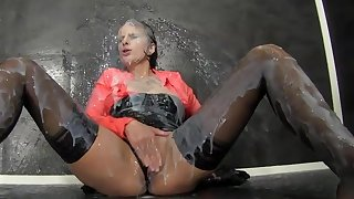 Glory hole solo for slutty Kirsten Plant