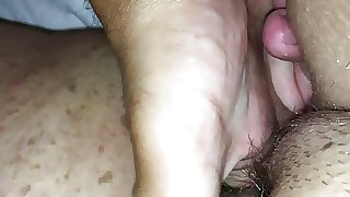 Chubby UK wife enjoys ice
