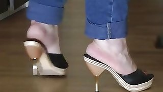 BBW Cleaning Up In Wooden Mules