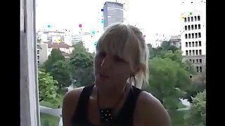Sonja iz Novog Sada se kara bolje od Lisse Ann