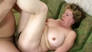 Best Homemade video with Grannies, BBW scenes