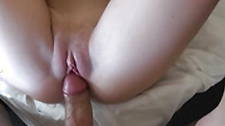 Redhead Olivia Lee cant stop sucking in
