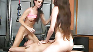 Brunette and India Summer do lewd things together